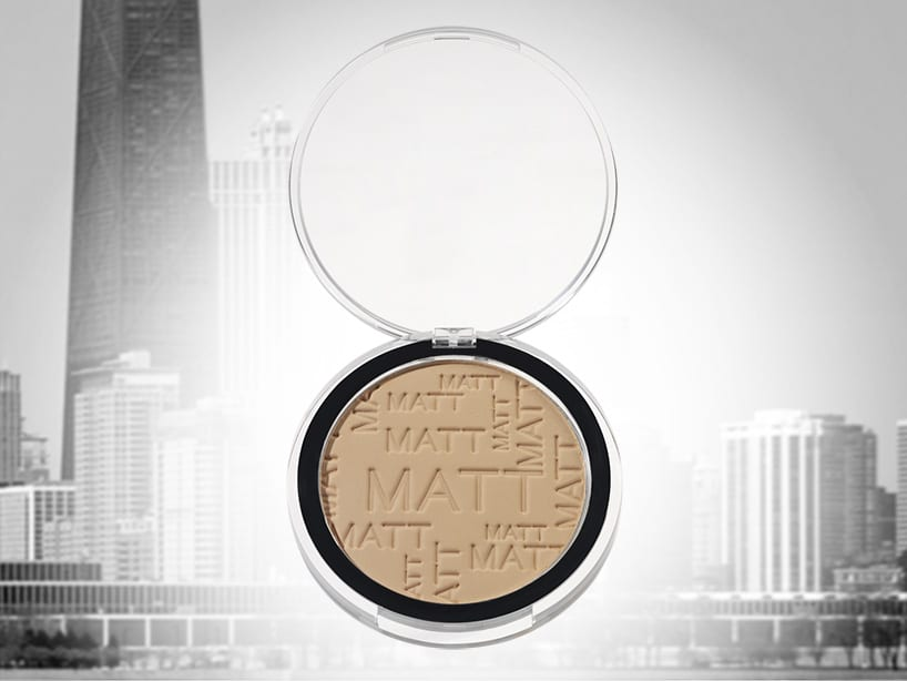 FACE POWDER COMPACT 74 MM, FLAT LID, STANDARD AND CUSTOMISATION: Face compact 74 mm for pan of 59 mm. Available with flat and domed lid. Several decoration options on base and lid and optional digital full colour printing. With flat lid: 74 x 12.7 mm. With domed: 74 x 21 mm Pan: 59 mm. Material: PS or SAN Ref: 8201
