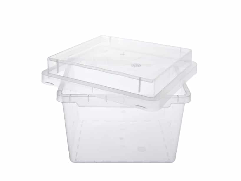 TISSUE BIN (VITRO BIN): Tray low: dimensions 124 mm * 112 mm * 80,5 mm, product number 587201. Quantity per pallet: 8.640. Tray high: dimensions 124 mm * 112 mm * 49 mm, Product number 587101. Quantity per pallet: 5.760. lit: dimensions 126 mm * 114 mm * 25 mm, Product number 587001. quantity per pallet: 7.680. Material tray: Polypropylene. Material lit: Polypropylene. Color: transparent.